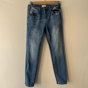Hudson Medium Wash Skinny Jeans Size 26